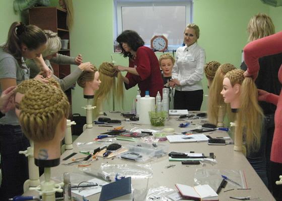 Курсы маникюра и парикмахера