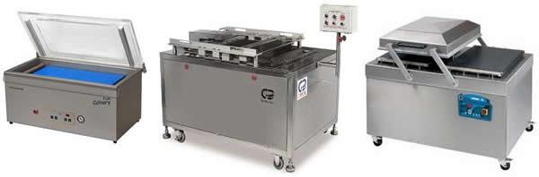 Машина для вакуумной упаковки готовой продукции.